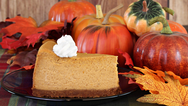 pumpkin-cheesecake-23-pumpkin-recipes-that-will-go-down-a-treat-by-healthista