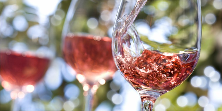 wine-being-poured-alcohol-abuse-by-healthista