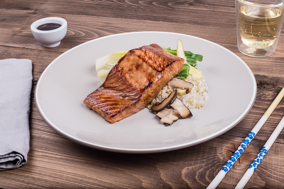 salmon-teryaki-london-delivery-service-eatfirst-review-by-healthista