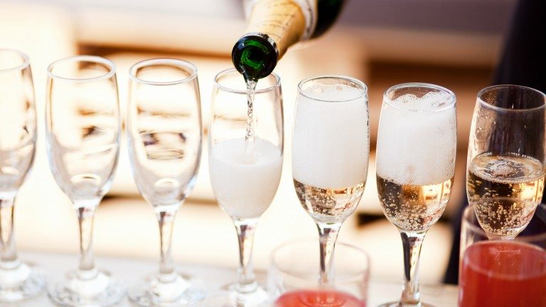 champagne-how-many-units-of-alcohol-by-healthista