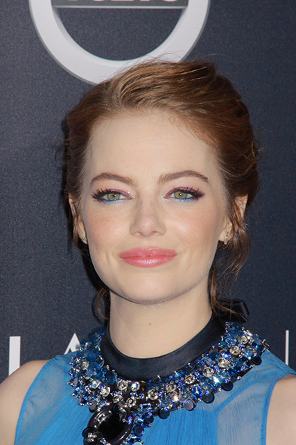 emma-stone-glitter-3-party-makeup-looks-to-help-you-break-out-of-your-beauty-comfort-zone-by-healthista