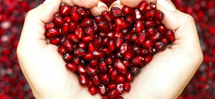 pomegranate-top-10-superfoods-by-healthista