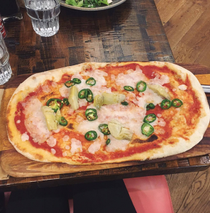 Zizzi margerita vegan, Eating out as a vegan - the 4 week no meat, egg or dairy challenge by healthista