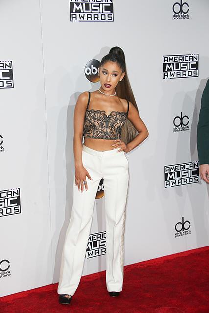 Ariana Grande, Celebrity trainer secrets, Harley Pasternak celebrity trainer to Ariana Grande and Amy Schumer reveals all by healthista