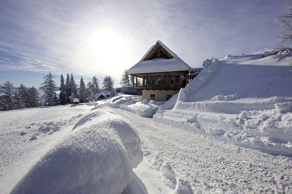 Vigilius, Italy outside in winter Spa of the week Vigilius Italy by healthista