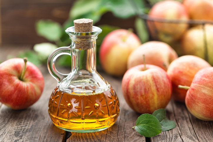 apple cider vingar, 4 hormones that are stopping your weight loss by healthista