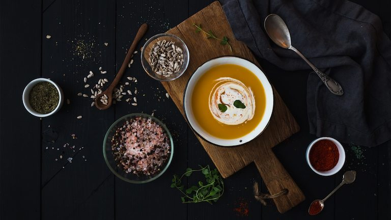 soup-on-wooden-board-steps-to-making-healthy-soup