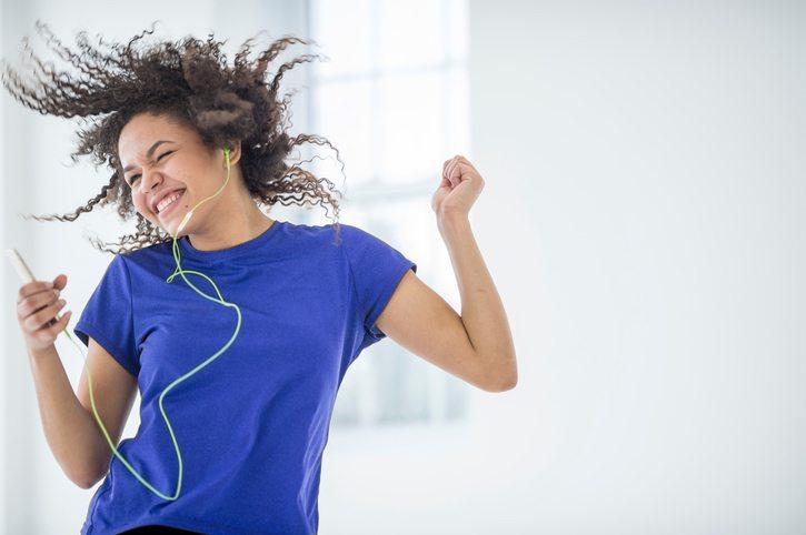 20-best-fitness-tips.-dancing.-Healthista.