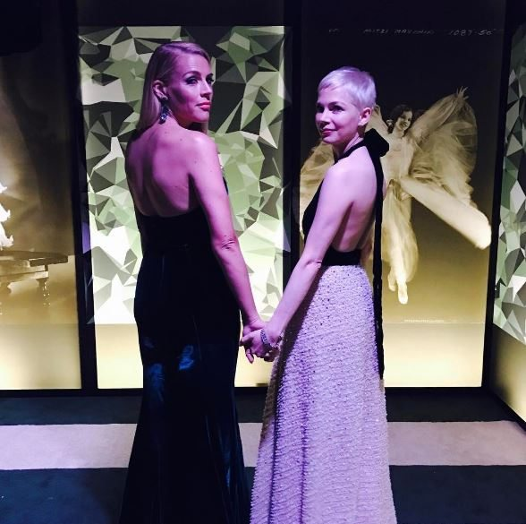 Celebrity trainer secrets How Hollywood's BFFs Michelle Williams and Busy Philipps dance with Lauren Kleban, by healthista (3)