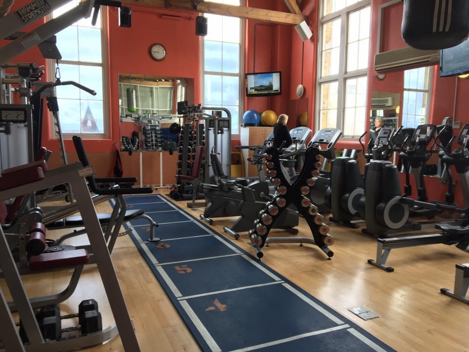 Celebrity trainer secrets Thandie Newton's PT shows Healthista the best workout PLUS tips, by healthista