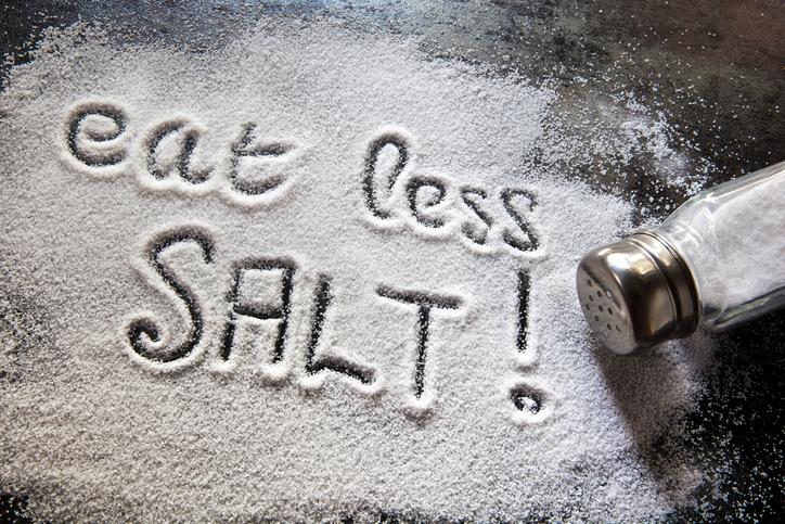 hormonal-bloating.-Salt.-Healthista