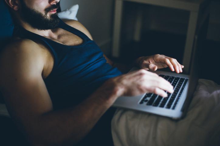 laptop-Top-5-alpha-male-fertility-fails-emma-cannon-by-healthista.com