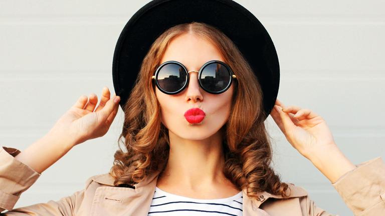 lipstick woman with hat, best liquid lipsticks by healthista