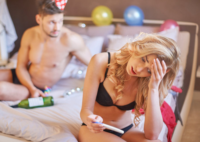partying-man-Top-5-alpha-male-fertility-fails-emma-cannon-by-healthista.com