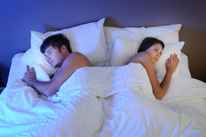 unhappy-couple-pollution-top-5-male-fertility-fails-emma-cannon-by-healthista.com