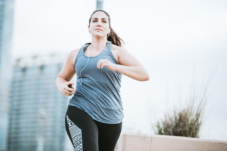 woman running Tired? Bloated? Skin dry and itchy? You might have fatty liver Healthista