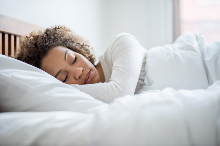 woman sleeping Tired? Bloated? Skin dry and itchy? You might have fatty liver Healthista