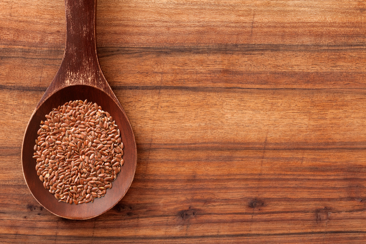 30-foods-to-boost-your-brain-flaxseeds-heathista