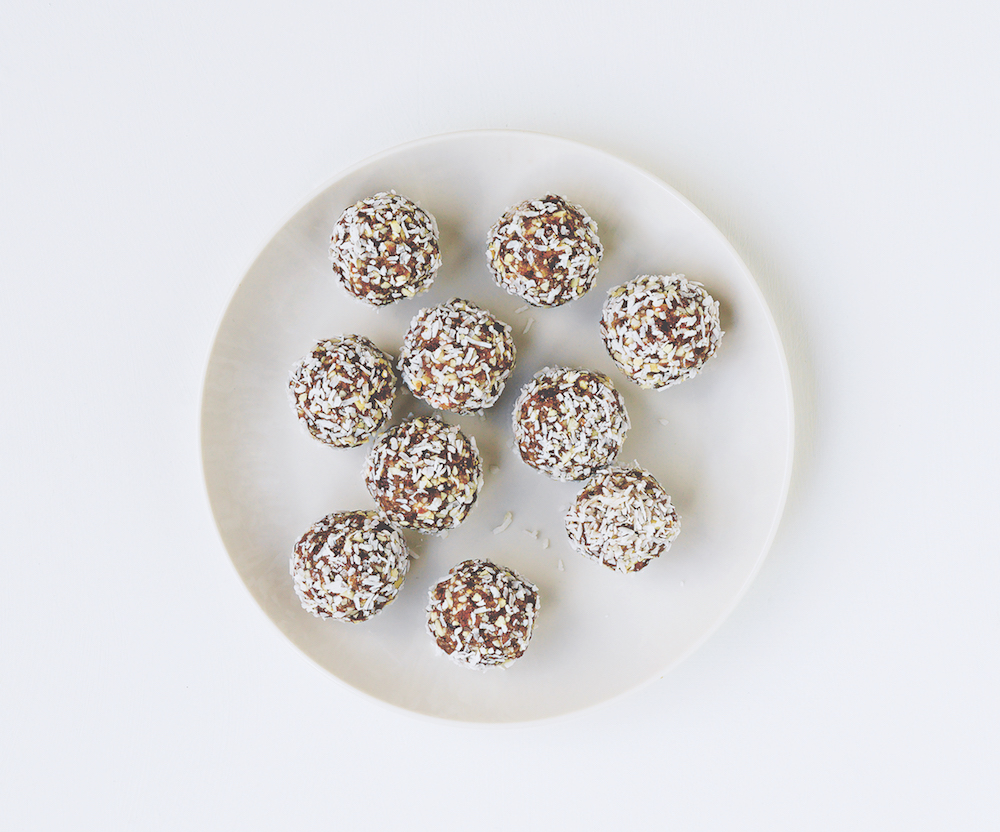 coconut cashew 5 protein ball recipes that will make you stop craving chocolate at 4 p.m. Healthista