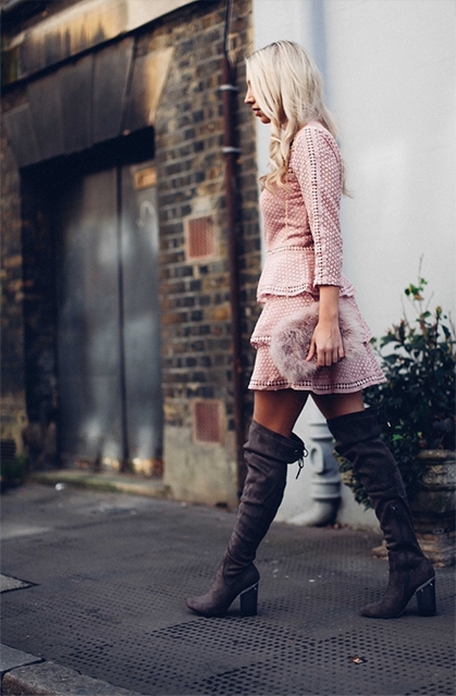 scarlett wearing boots, how I overcame the IBS that has plagued me since I was a teen by healthista