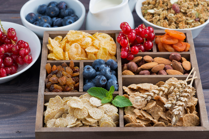 why-youre-not-losing-weight-on-a-vegan-diet.-snacking.-healthista