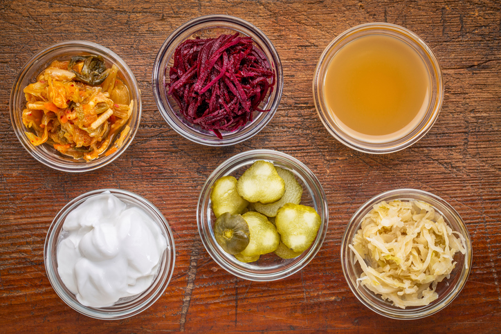 Fermenting-foods-at-home-A-step-by-step-guide-alana-holloway-by-healthista.com