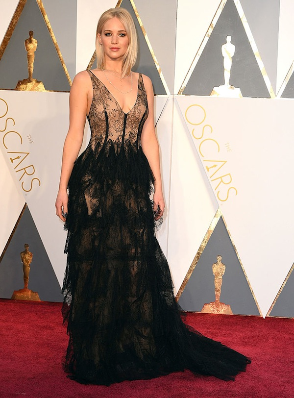 Jennifer-Lawrence-at-the-oscars-the-trainer-that-changed-j-laws-body-by-healthista