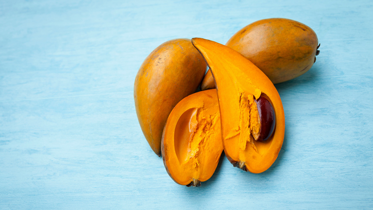 Lucuma, 11 superfoods for sleep that can wake you up feeling fresher after a healthy nights sleep by healthista.com