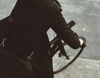 commuter-to-work-on-bike-cycle-plan-made-easy-by-healthista.com-featured.jpg