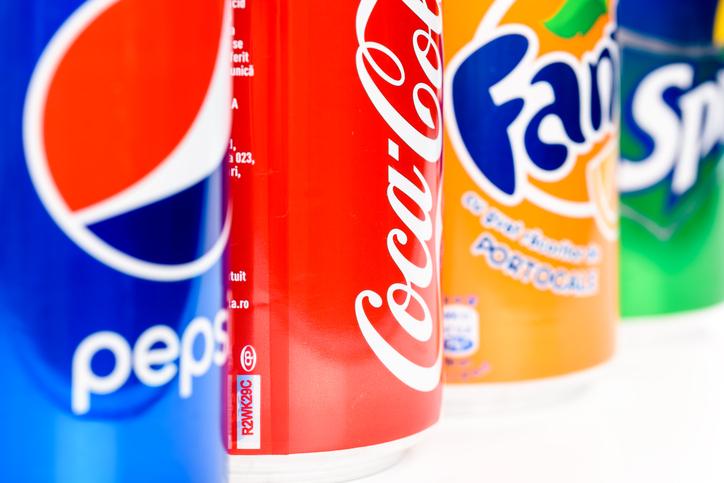 fizzy drinks, Celebrity nutrition secrets Khloe Kardashian's diet revealed by Dr Goglia by healthista