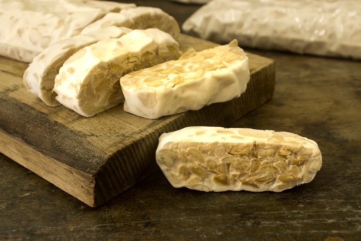 tempeh-Fermenting-foods-at-home-A-step-by-step-guide-alana-holloway-by-healthista.com