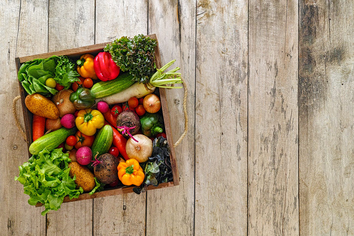 vegetables, Eating by colour the Mediterranean way by healthista