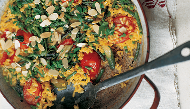 veggie paella, vegetarian recipe of the week by healthista