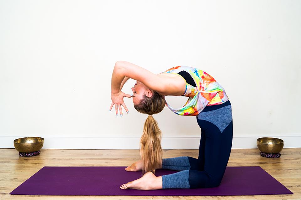 yoga pose, KITSPIRATION ILU Fitwear by healthista