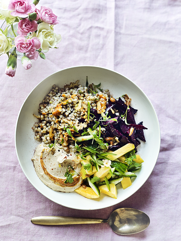 Healthy beetroot and mango summer salad bowl with almond butter dressing, madeleine shaw, by healthista (4)