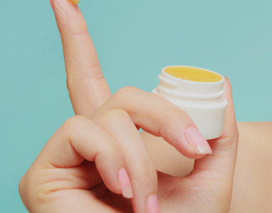 How to make your own lip balm - easy video recipe, clean beauty co, by healthista (2)