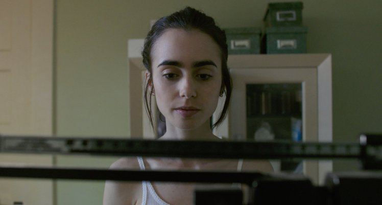 Lily Collins to the Bone 1, Eating disorders should they be portrayed onscreen by healthista