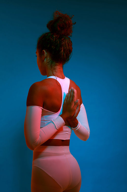 blue chroma yoga, fitness trends multi-sensory fitness by healthista
