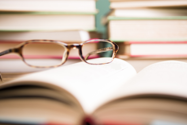 glasses-and-books-successful-women-healthista-body2.jpg