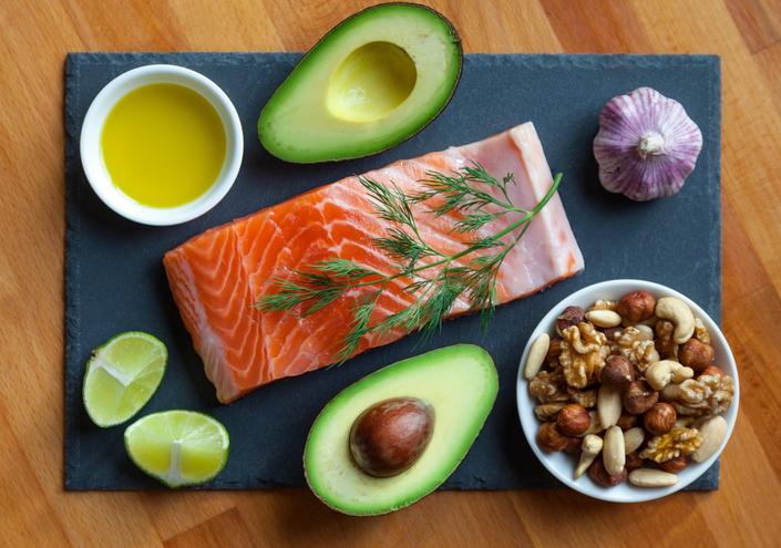 low carb diet, James Famer PT 2 Celebrity trainer secrets Lily James by healthista