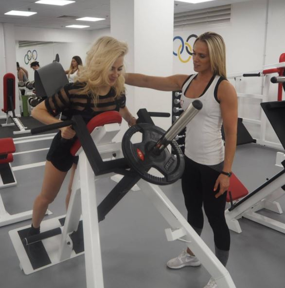 pixie lott, Celebrity trainer secrets Confidence comes from strength training three times a week, says PT to Caroline Flack and Pixie Lott (5)
