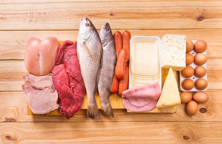 protein low carb diet, James Famer PT 2 Celebrity trainer secrets Lily James by healthista