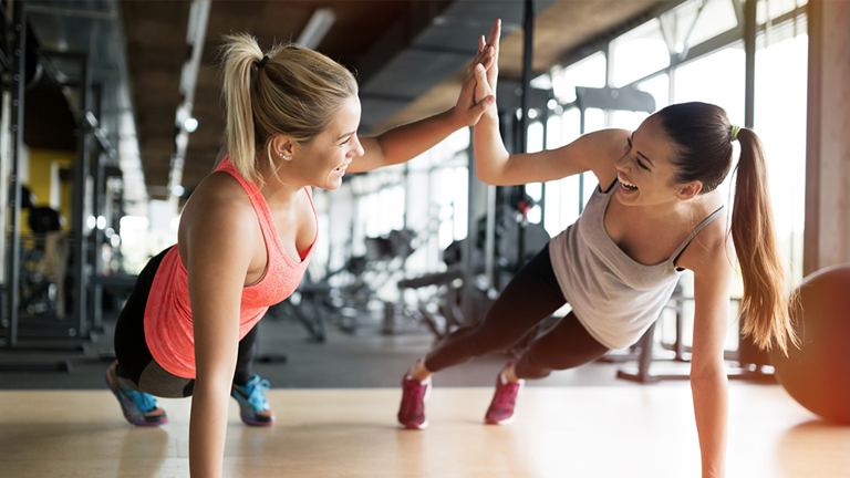 women working out main, how to make friends by healthista