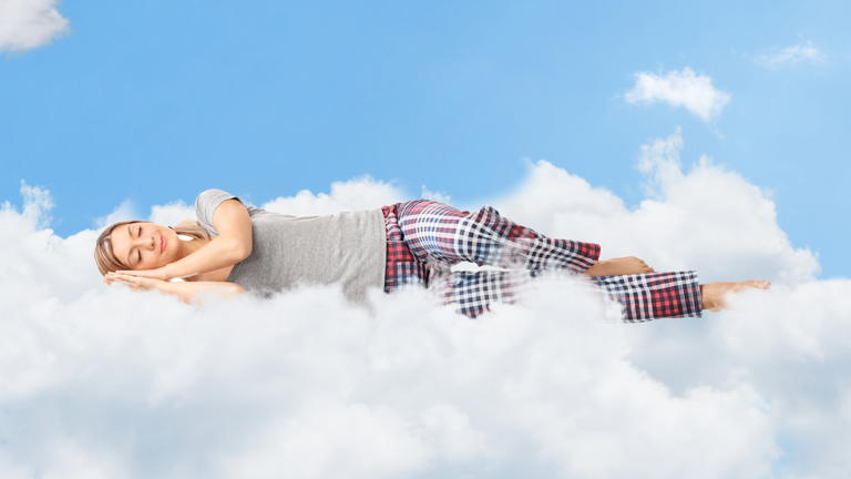7 common dreams and what they mean, clare johnson, by healthista (1)