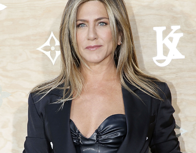 Celebrity Trainer Secrets Jennifer Aniston's yoga teacher Mandy Ingber reveals the key to a healthy life, by healthista (3)