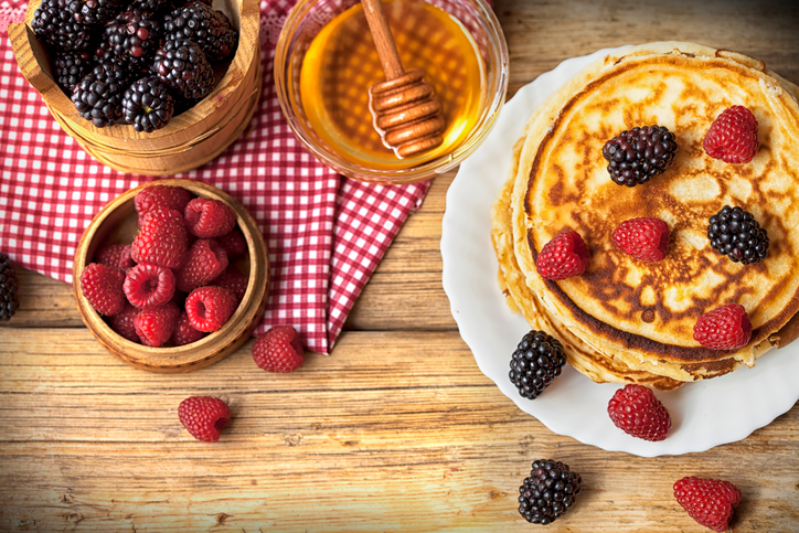 Pancakes-How-to-supercharge-your-breakfast-with-the-top-superfoods-right-now-by-healthista.com