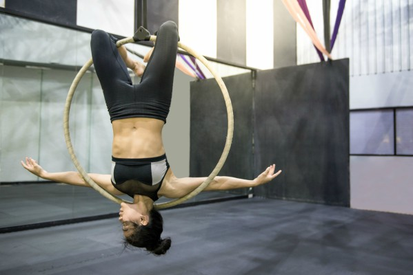 aerial-hoop-Rise-Today-new-fitness-app-by-healthista.com-in-post-image.jpg