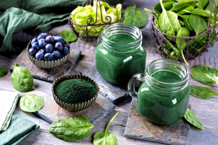 spirulina, -How-to-supercharge-your-breakfast-with-the-top-superfoods-right-now-by-healthista.com