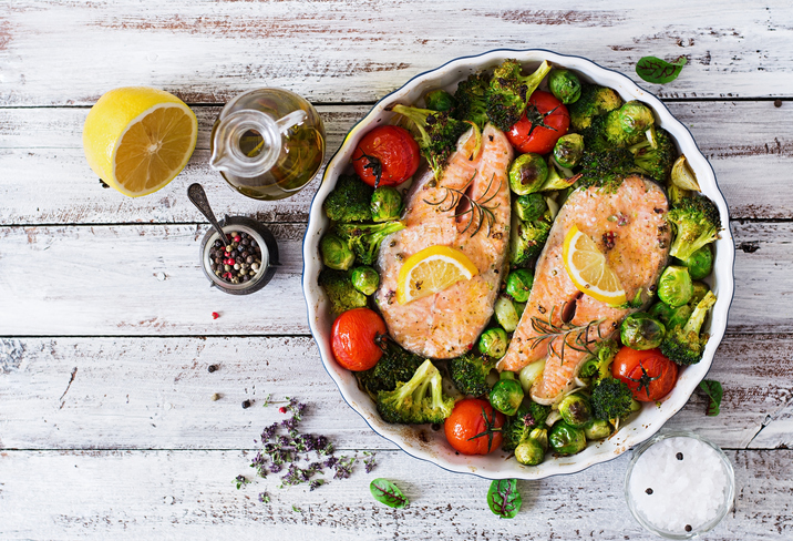 fish and vegetables, what an athlete eats in a day by healthista