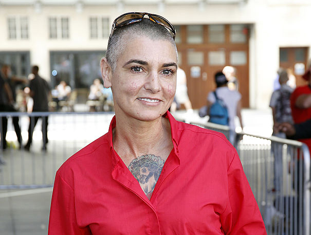 sinead-oconnor-7-celebrities-that-have-opened-up-about-their-bipolar-disorder-by-healthista.com